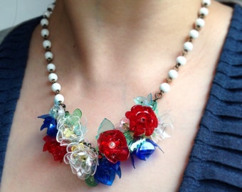 BOUQUET - Poéme et Temps - PET - plastic bottle jewellery LUX necklace