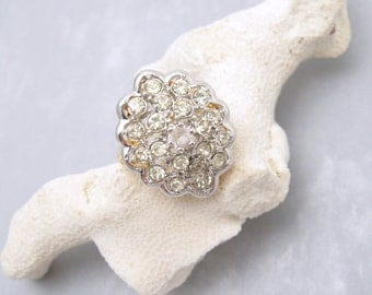 Big Vintage Rhinestone Ring Cluster Dome Ring Costume Jewelry R6155