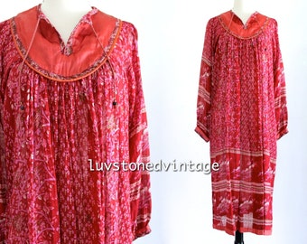 70s Vintage India Tent Gauze Red Burgundy Cotton Boho Hippie Indian Ethnic Festival Maxi Dress . XS . SM . 871.10.2.14