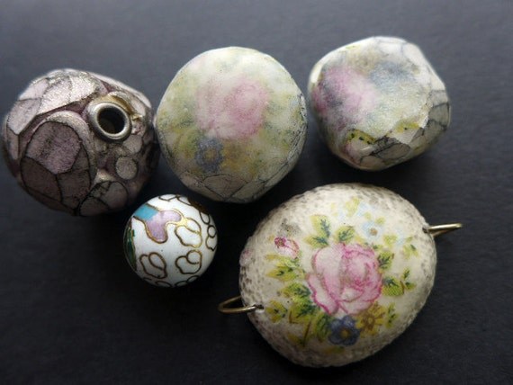 Grandma Grunge. Rough, chunky artisan polymer beads with faceting and floral decal in grungy white and pink.