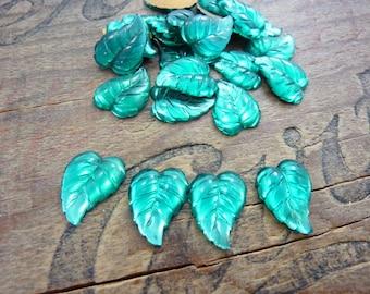 Vintage Rhinestone Emerald Glass Rhinestone Leaf (4)