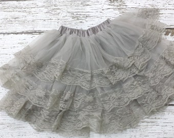 Pettikskirt - Baby pettiskirt -girls lace skirt - Flower girl - Lace petti skirt - newborn tutu -lace tutu -lace  - lace pettiskirt