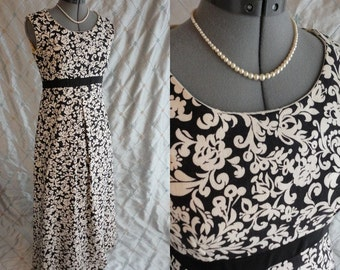60s Dress // Vintage 1960's Black and White Floral Print Maxi Dress Size M 28 waist heavy weave fabric