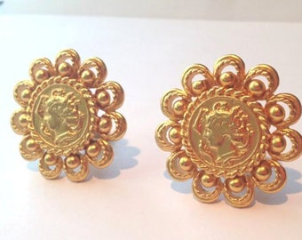 Sweet huge vintage 80s roman coin gold clip earrings // high fashion