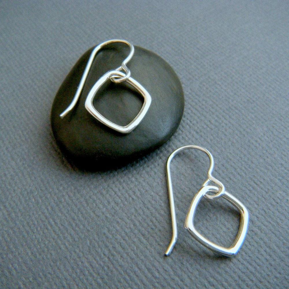 simple silver earrings. diamond shape earrings. small dangles.