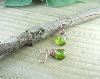 Peridot and copper dangle earrings, copper wire wrapped dangle earrings,handmadejewelry,birthstonejewelry,gift for her