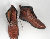 Vintage 80's brown leather low  heel  lace up boots size 8B