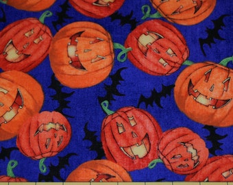 Fat Quarter Adorable Glowing Pumpkins / Jack o Lanterns Halloween Fabric