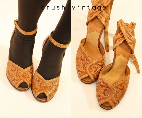 1940s Hand Tooled Shoes 6 40s Leather Peep Toes Mexico