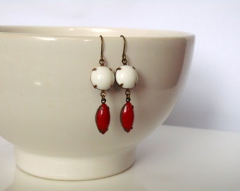 Holiday Red Earrings/ Red and White Valentine's Day Earrings/ Red and White Earrings/ Red Day Earrings/ Red Earrings/Red Jewel Earrings
