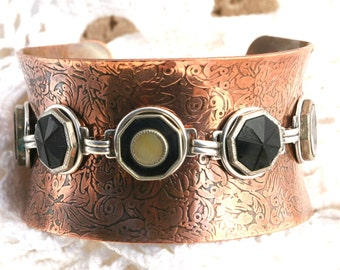 Vintage Button Bracelet Wide Curved Copper Cuff with 7 Victorian Mother of Pearl Glass and Enamel Buttons