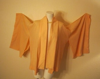 Vintage Asian short kimono swing top, light peach color boho top, peach color  waffle texture ONE SIZE resort vacation summer