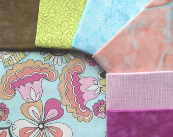 DESTASH - Fabric Snap Pack - Includes Total of 2 yrds, 1/2 Feature Fabric and 6 Coordinating Fat Quarters - Sweet Pea Dream