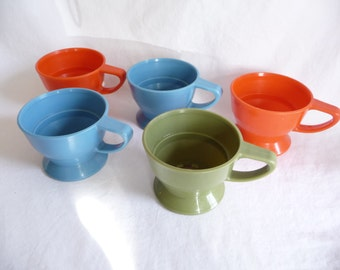 vintage Solo Cup, cup holders, plastic cup holder, colorful, coffee cup, set of five, vintage housewares, unique holder, tea cup,collectible