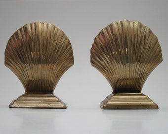 Vintage Pair of Brass Seashell Bookends Nautical / Beach Decor