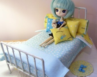 SALE....12 Piece Bed Linen Set for 1/6 Playscale Bed for Blythe, Pullip, Dal, Momoko, or Barbie Size Dolls.....Rug Included