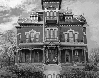 Vaile Mansion - Mansion - Haunted Mansion - Old Mansion - Kansas City - Missouri - Fine Art Photography