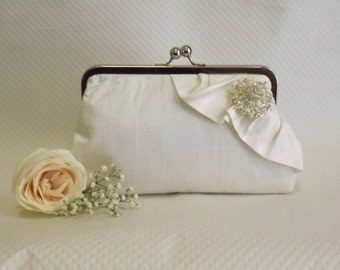 Bridal Clutch - Wedding Clutch - Bridesmaids Clutch - Ivory Bridal Clutch - Ivory Clutch - Wedding Purse - Bridesmaids Gift - Giselle Clutch