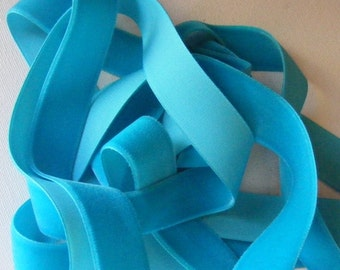 Vintage 1940's German Rayon Velvet Ribbon 7/8 Inch Tropic Blue