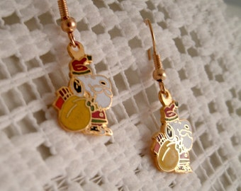 Vintage Christmas Santa Claus Snoopy  Aviva United Features  Earrings with 18k Gold plated wires