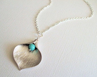 Silver Calla Lily Necklace, Silver Jewelry, Turquoise Gemstone Bead, Flower Necklace, Everyday Casual