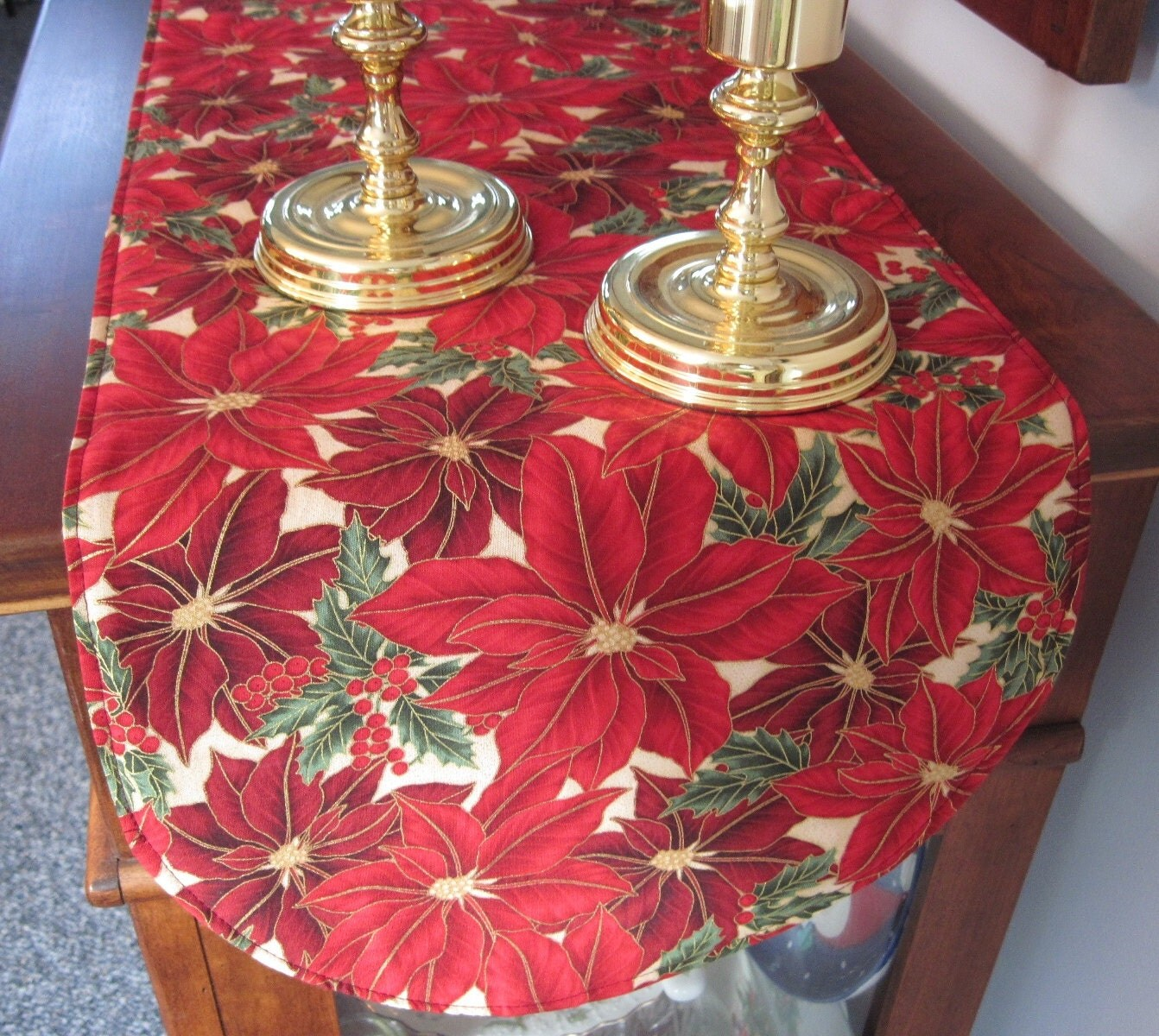 red poinsettia table runner 36 inch by tracystreasuresri on etsy. Black Bedroom Furniture Sets. Home Design Ideas