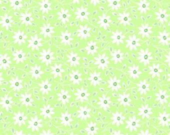 Pam Kitty Garden LH14006LETT Lakehouse Dry Goods Cotton Fabric Lettuce Simply Daisy