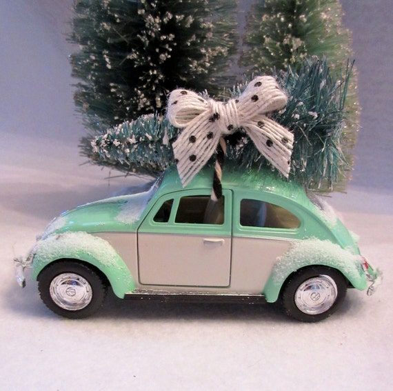 Volkswagen Mint Green Car, Christmas Tree, Bow
