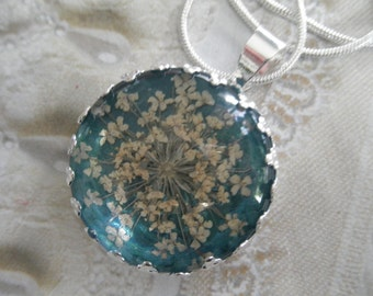 Lacy Snowflake Queen Anne's Lace Beneath Glass Pendant Atop Ocean Sea Foam Blue-Green Pressed Flower Pendant-Symbol of Peace-Gifts Under 25