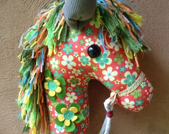 How To Make A Hobby Horse - A Complete Craft Kit with Instructional Disc with Colour Photos and Patterns by Chinky Monkey