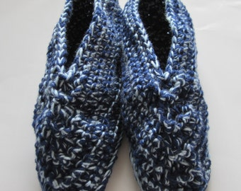 Crocheted Men's Slippers fits Sizes 8 to 9 (U.S.), Blue Slippers