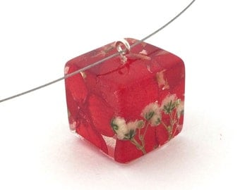 Vibrant Red Hydrangea and Baby's Breath Botanical Resin Necklace.  Pressed Flower Pendant Necklace - Red and White.  Christmas Gift