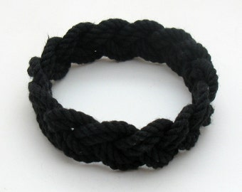 Sailor Knot Bracelet woven from Black Narrow