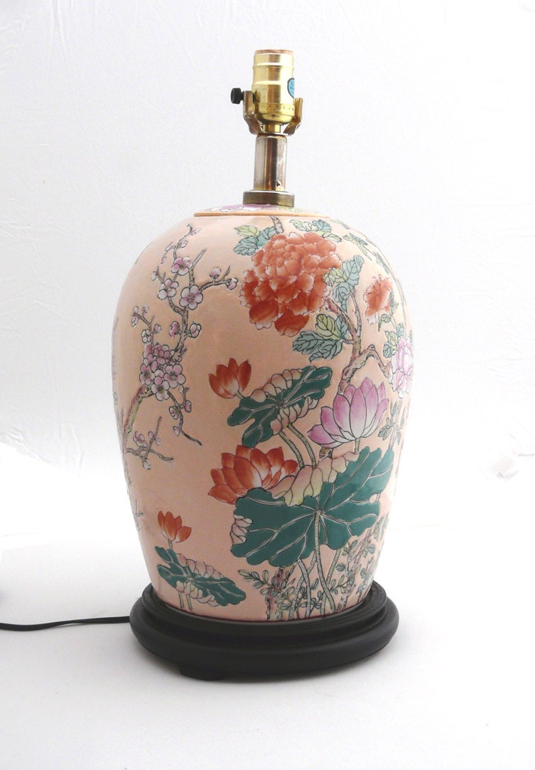 Large Vintage Chinese Famille Rose Porcelain Lamp