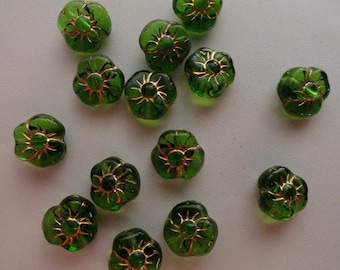 Czech Glass Flowers Pansies Transparent Translucent Medium Green with Gold Etching Beads 9x6mm 3 Three Sided Vintage 12