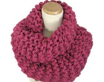 Sale Knit Cowl,Chunky Cowl Hand Knit Cowl, Outlander Inspired Cowl, Clair Inspired,  Rose Raspberry,  Circle Scarf, Winter, Women, Fiber Art