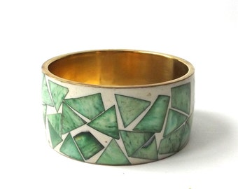 vintage 1960's brass & bone wide bangle bracelet real animal dyed inlay moss green white geometric metal womens accessories accessory old