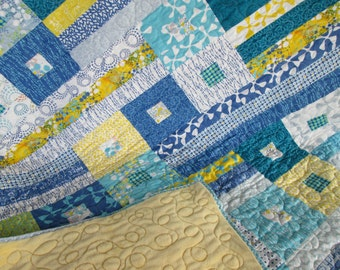 Sphere Baby Lap Wall Quilt in Teal Grey and Yellow