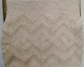 Vintage 1950's White Beaded Evening Bag Chain Handle Purse