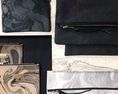 Medium marbled clutch