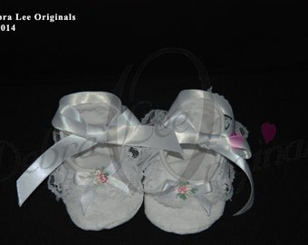 Christening Shoes / Baby Girl White Shoe / Blessing Shoes Baptism Shoe / Baby Girls Shoes