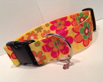"LARGE 1 1/2"" Flower power dog collar"