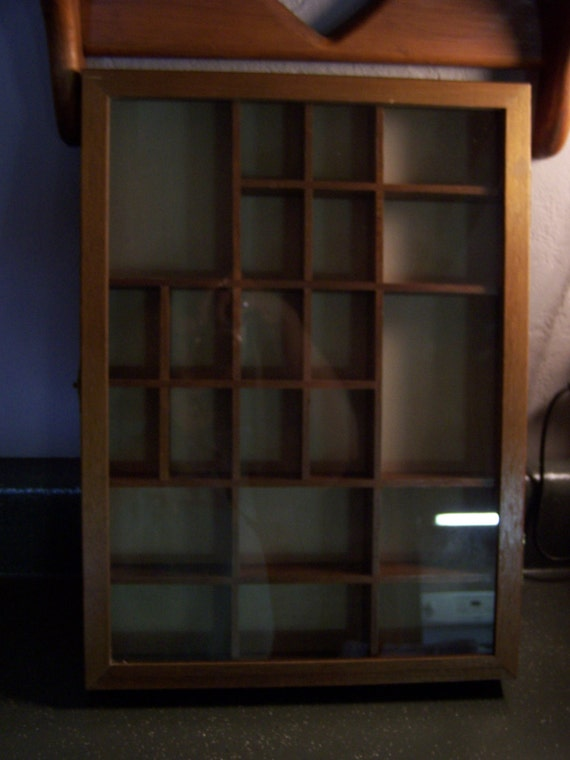 Vintage Shadow Box Shelf W Glass Front Display Case Knick