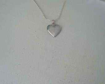 Vintage Silver Plated Heart Pendant Necklace