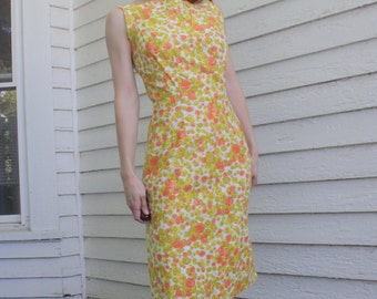 60s Floral Dress Vintage 1960s Sleeveless Button Back Top Yellow Apricot XS S