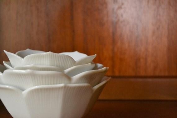 vintage 1960s white lotus bowls