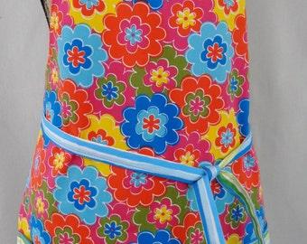 Bright Floral Garden Apron, Vendor Apron, Craft Apron, Teacher Apron, Florist Apron, Full Apron with Pockets