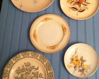 Shabby Cottage Wall Plates Set of Five Mixed