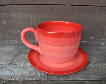 Red and Pink Ombre Jumbo Soup Mug with Matching Saucer Plate - 30 oz. - Extra Large Mug and Dish Set - Shades of Pinks