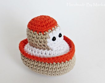 Amigurumi crochet little boat baby rattle stuffed toy - organic cotton - beige and rusty red
